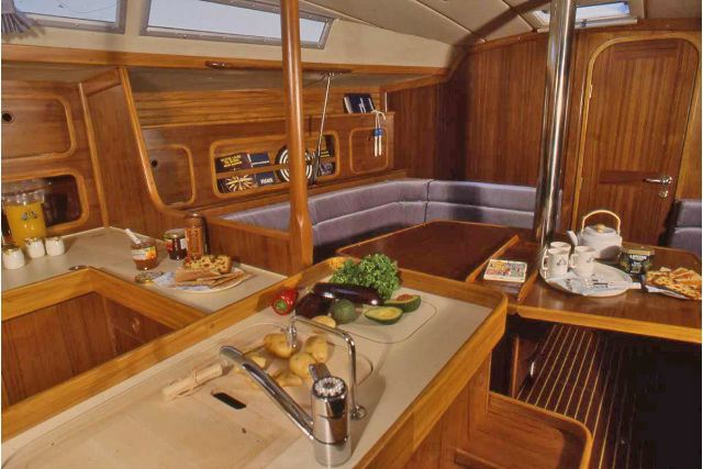 First 405 BENETEAU HERITAGE