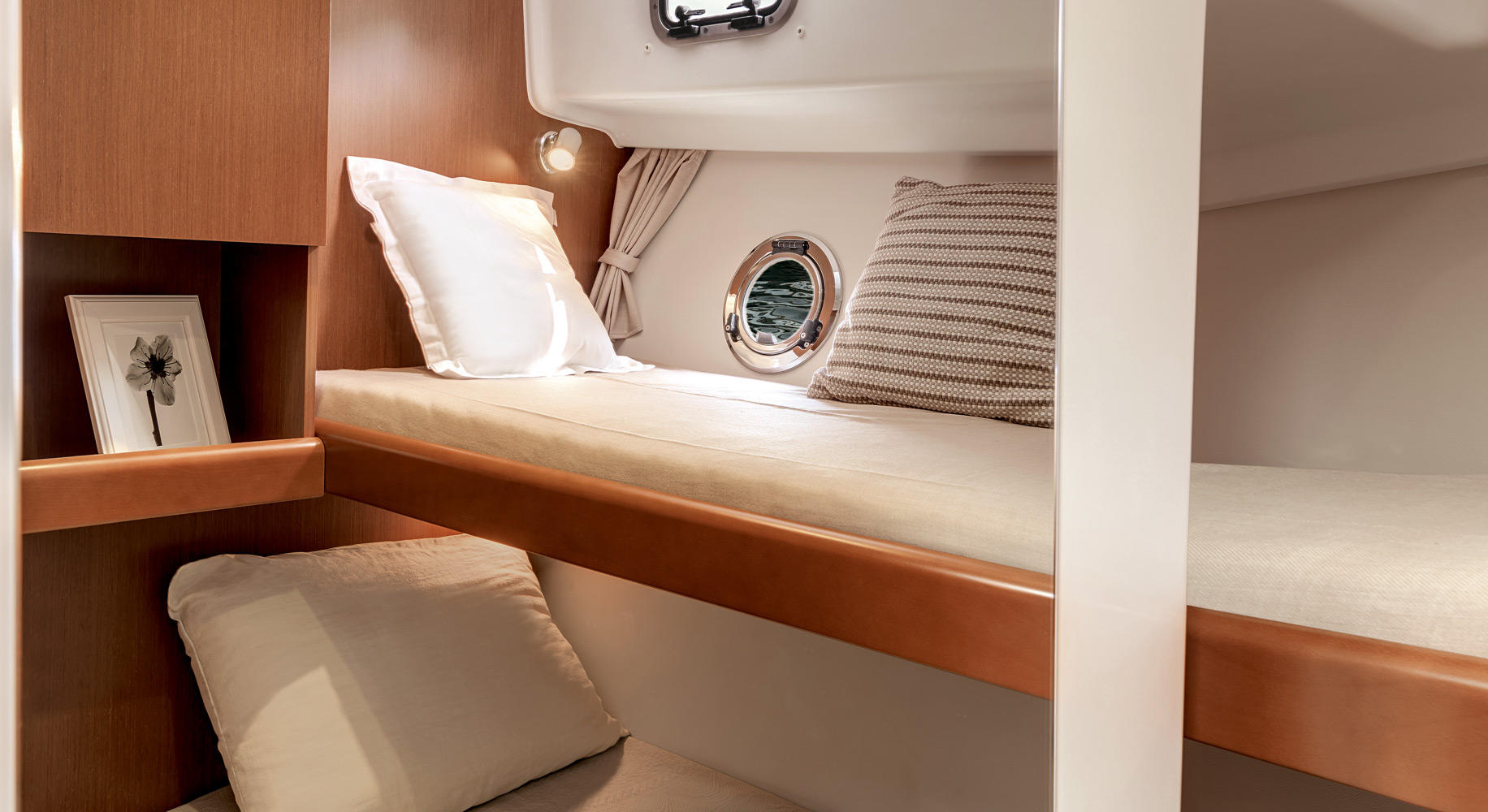 Swift Trawler 34 Cabine