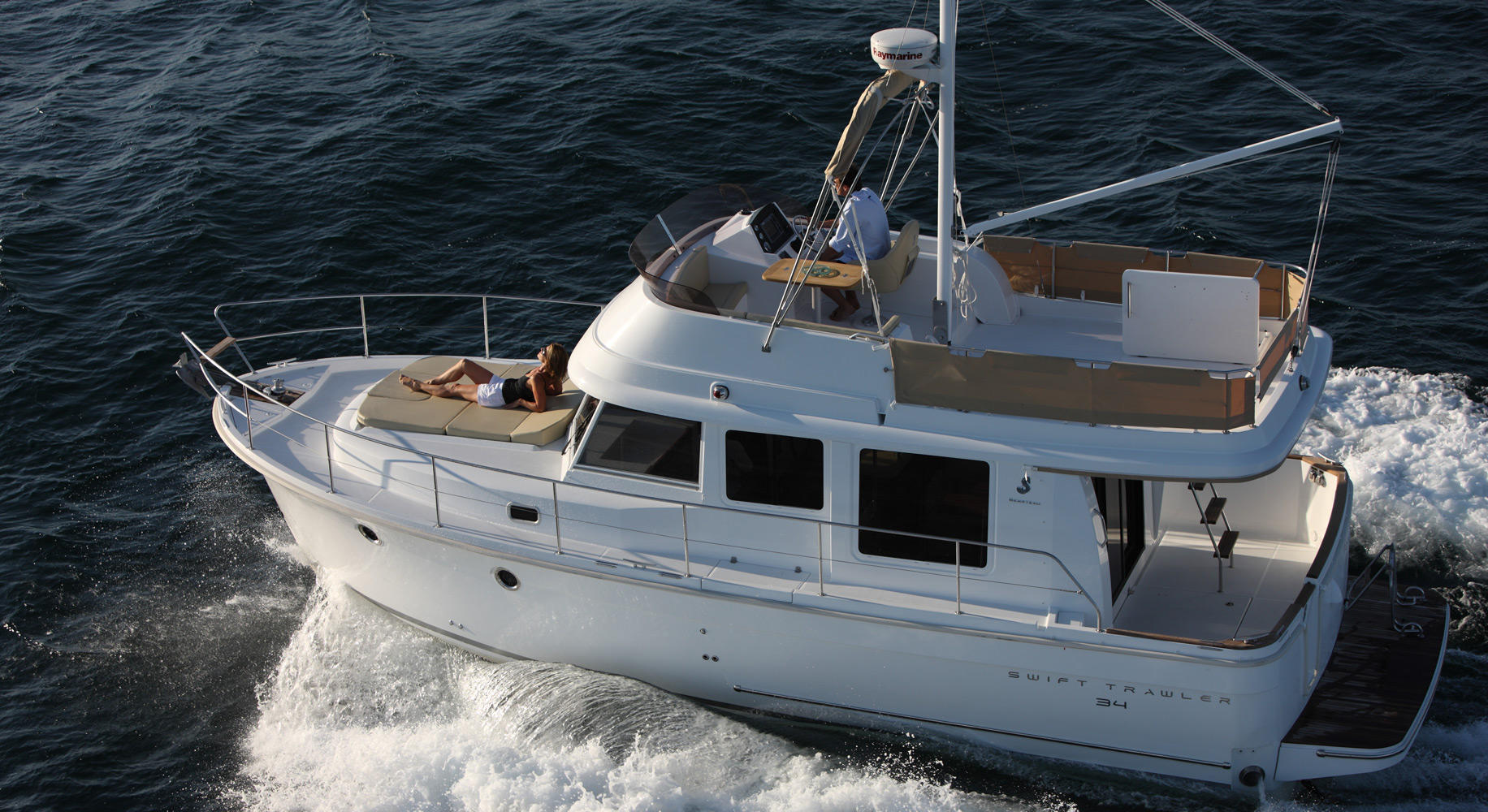 Swift Trawler 34 Navigation